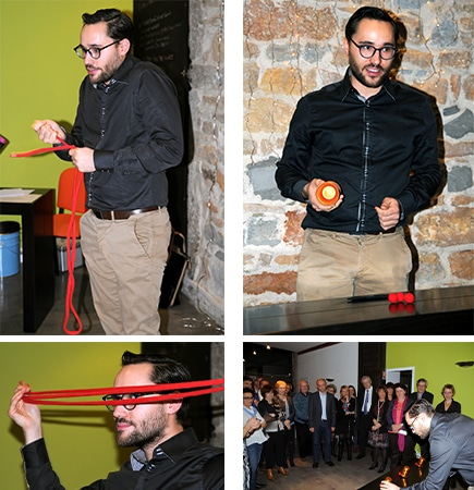 Photo du magicien Matt Morgan entrain de réaliser une animation séminaire entreprise